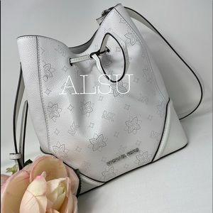 Michael Kors Bucket Bag Large Optic White W